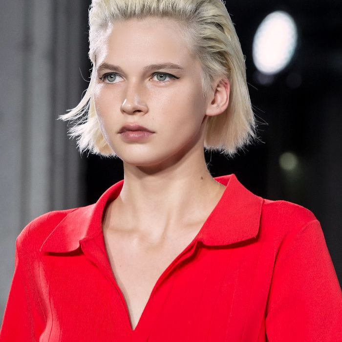 14 Easy Short Hairstyles