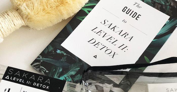 Sakara Detox Review: 2 Editors Share Their Honest Thoughts