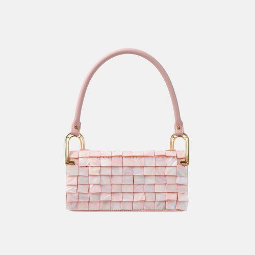 Sakura Pink Shell Deco Line ($650)