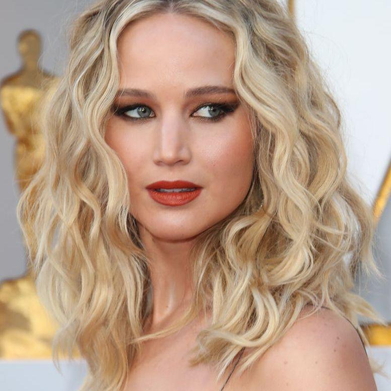 Jennifer Lawrence with voluminous curls