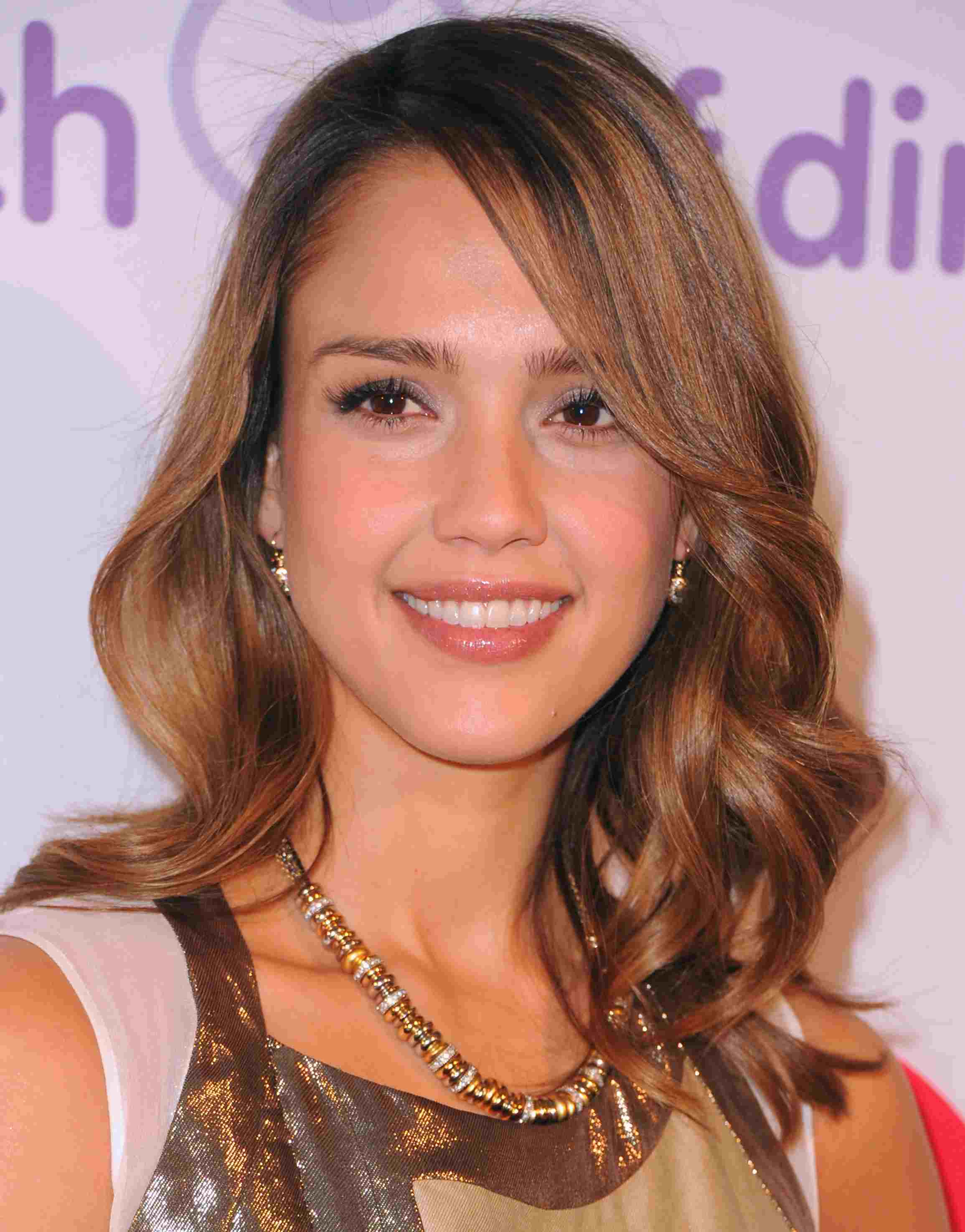 Jessica Alba with side swept bangs