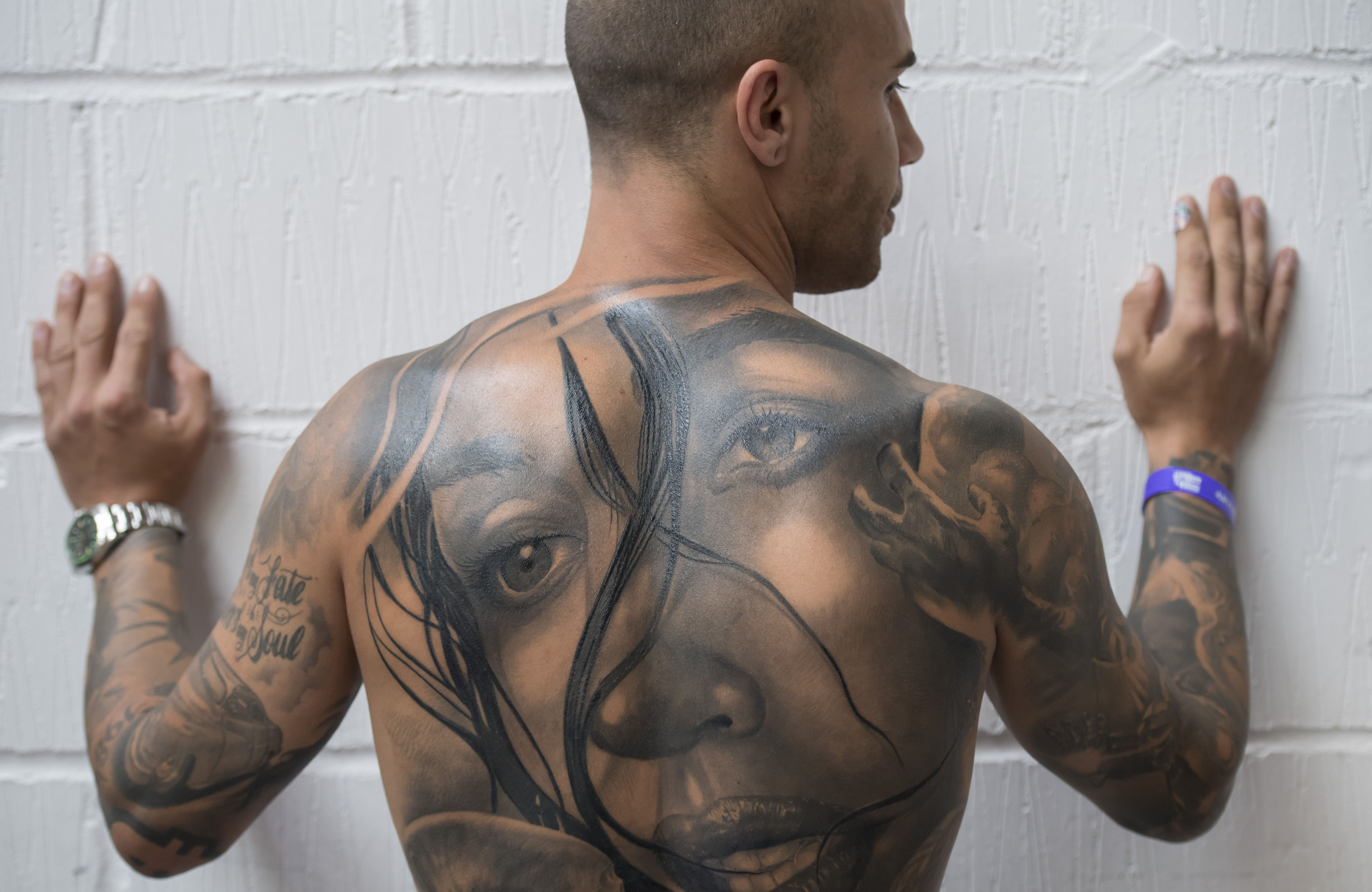 5bef351c8858e Outlining or Shading a Tattoo: Which Hurts More?