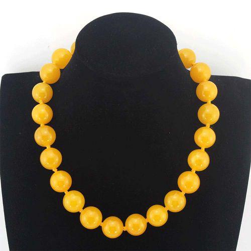 Yellow Jade Necklace ($18.99)