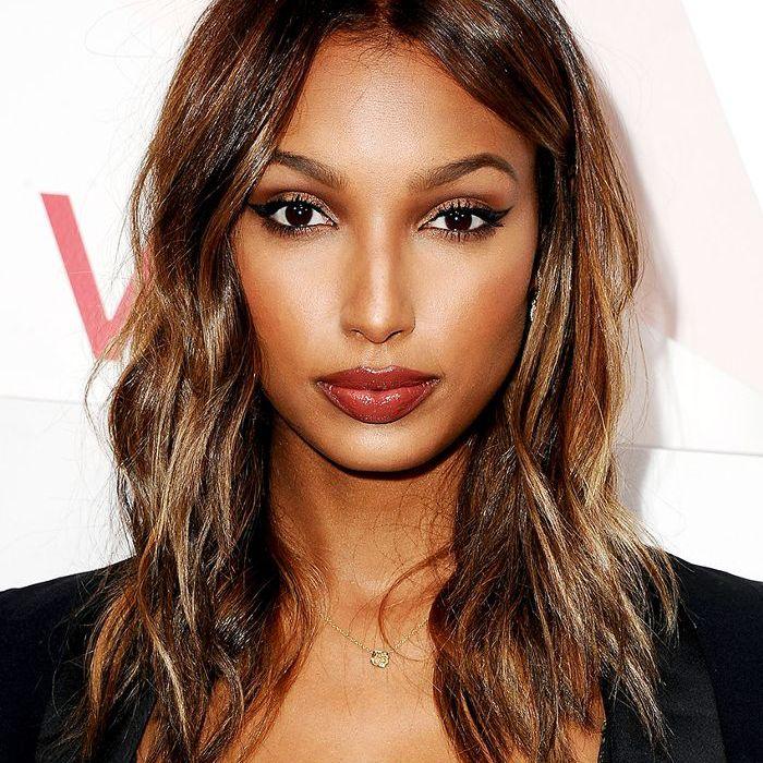 Jasmine Tookes wavy mid-length balayage hair