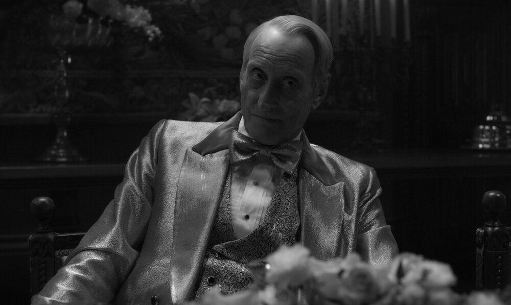 Charles Dance as William Randolph Hearst