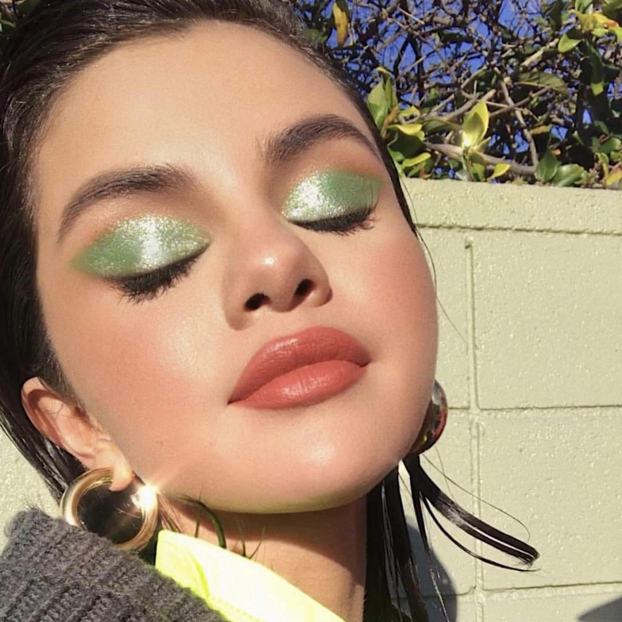 25 Best Green Eyeshadow Shades And How