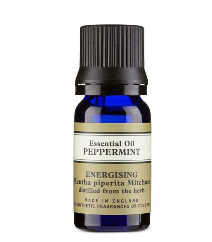 natural pain relief: Neal's Yard Remedies Peppermint Essential Oil