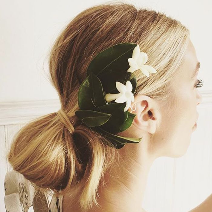 20 Stunningly Simple Wedding Hairstyles For All Textures