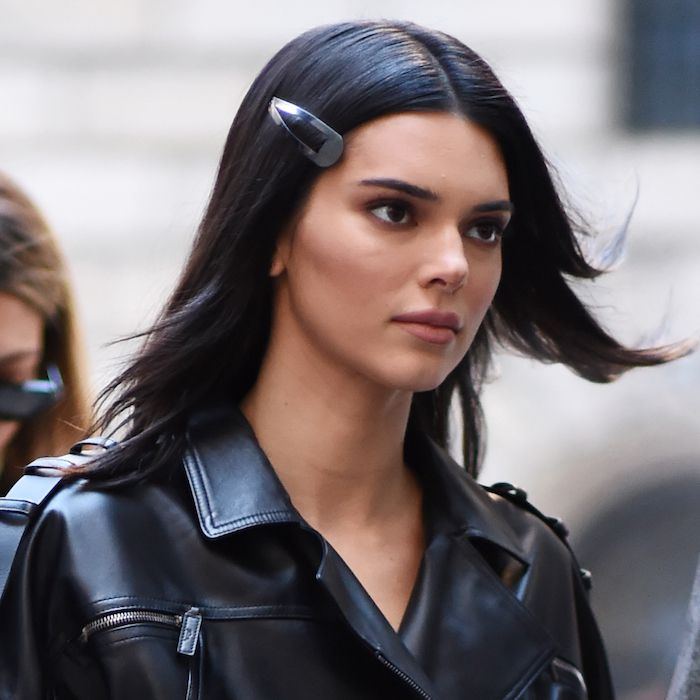 This '90s Hair Accessory Is Spring 2019's Biggest Trend