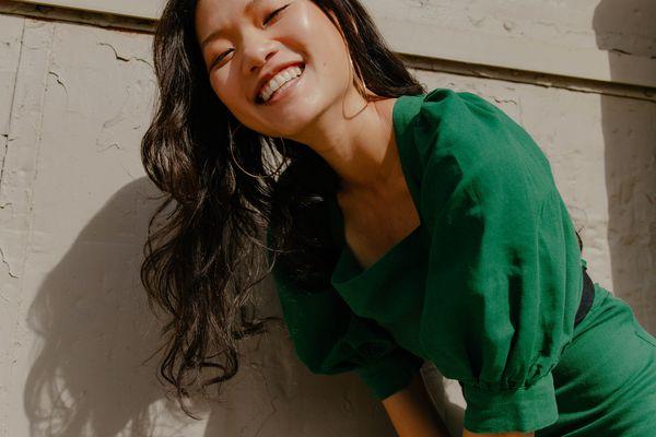 Model in green dress