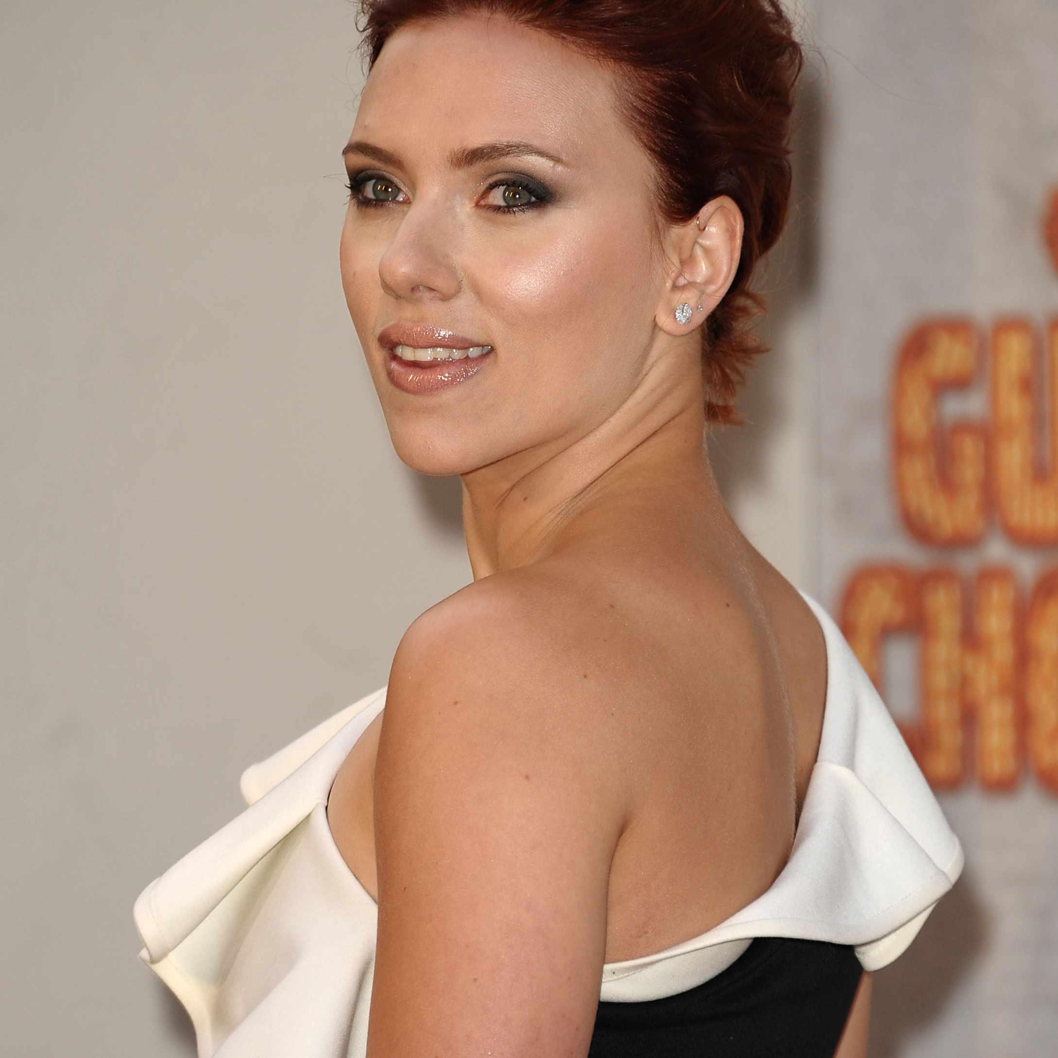 Red Hair-Scarlett Johansson