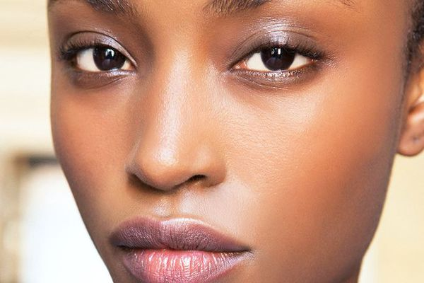 how to make pores look smaller
