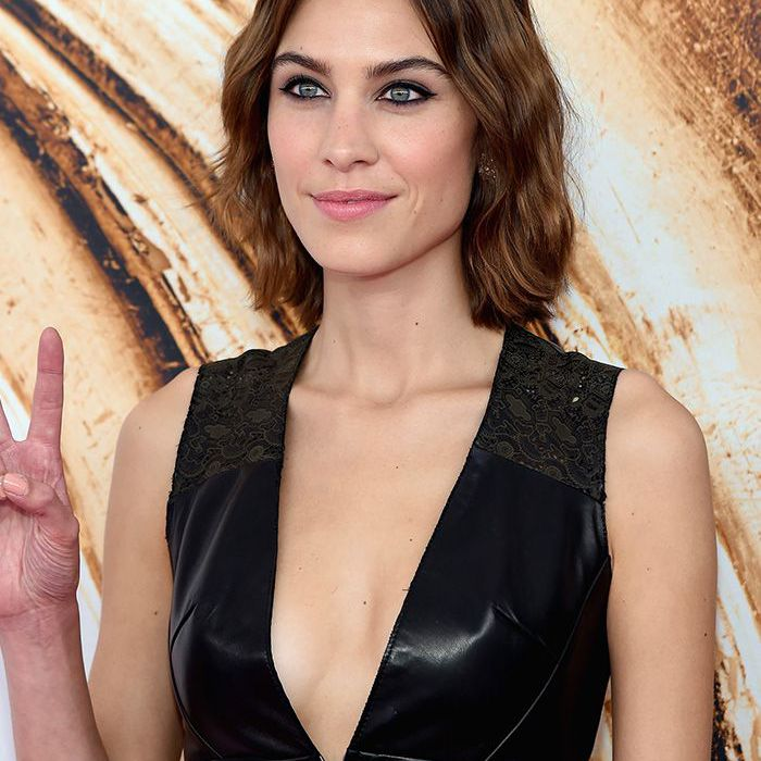 11 Alexa Chung Hairstyles We Can T Stop Thinking About