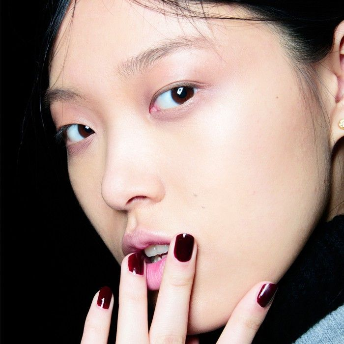 7 Employers Reveal the Nail Colours They Can't Stand