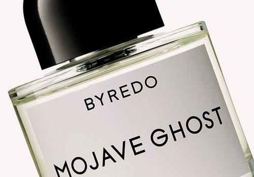 closeup of byredo mojave ghost perfume