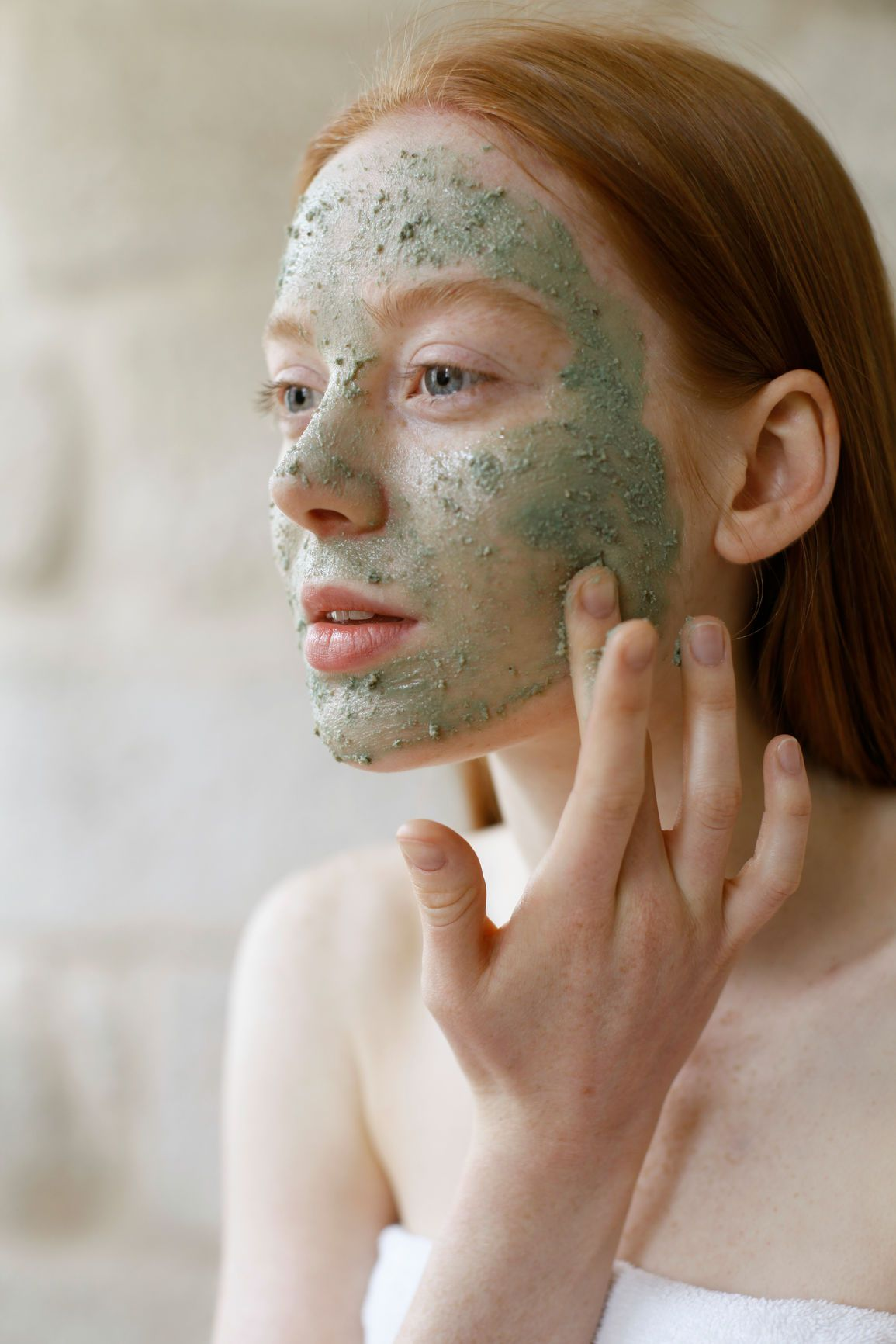 How To Give Yourself A Relaxing At Home Facial