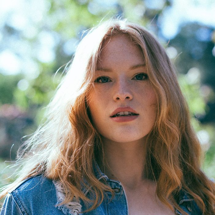 Freya Ridings Beauty Routine