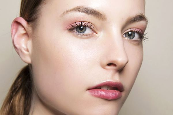 c47d07552fc These Are the Best Mascaras for Fluffy, Natural-Looking Lashes