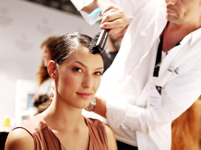 11 Things Your Hairdresser Wished You Knew