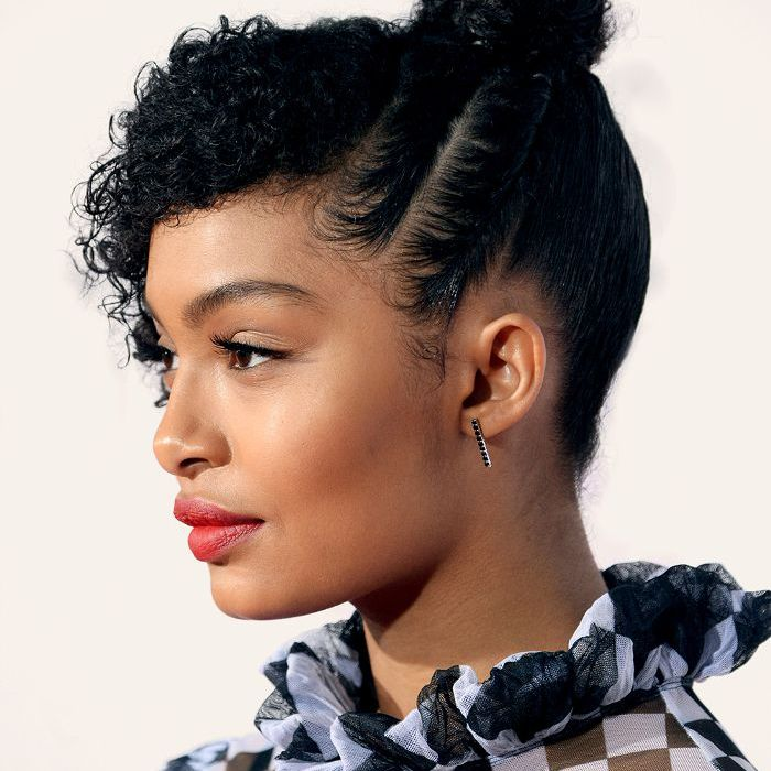 10 Celebrity Inspired Topknot Hairstyles To Try For New Year