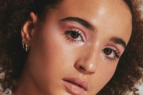 marley parker pink makeup