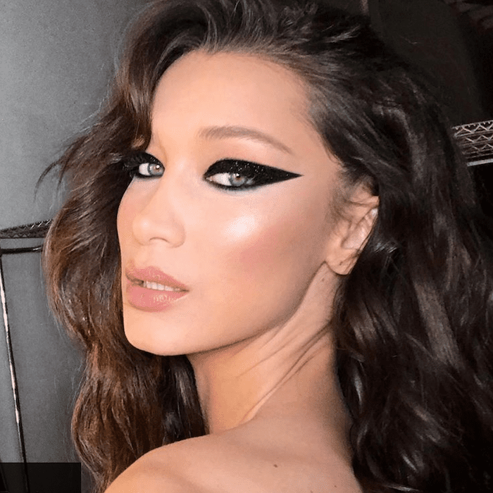 11 Surprisingly Easy Bold Makeup Looks You Can Create on Your Own