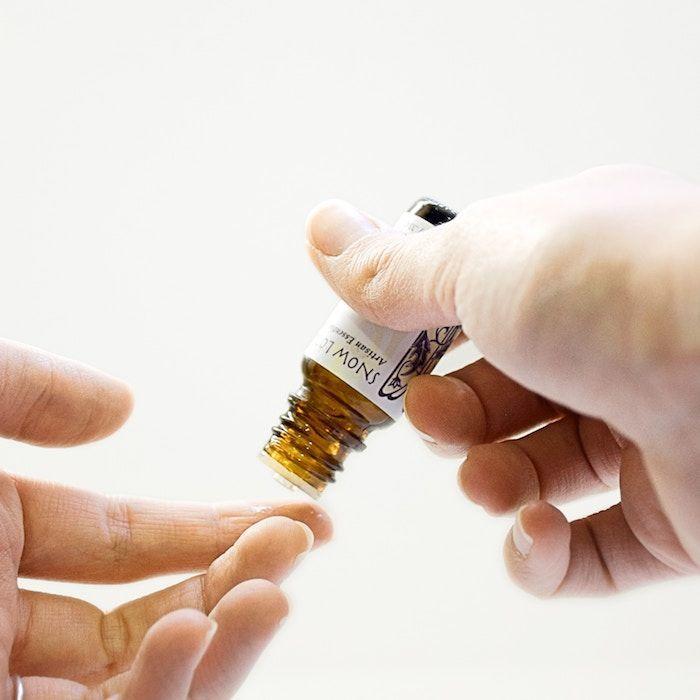 Frankincense oil application