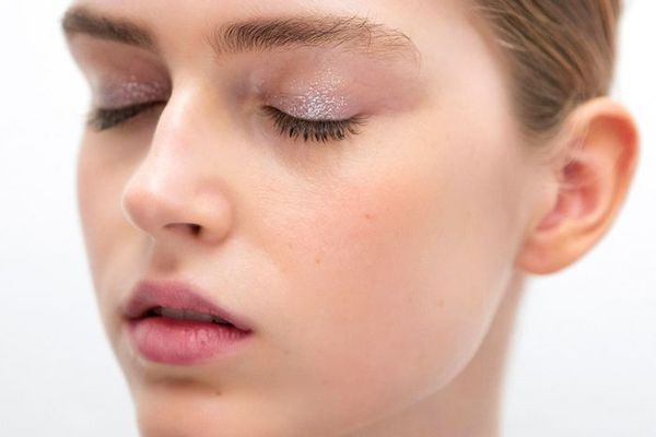 bcd7ff53e63 Here's What Women With Great Eyelashes Always Do