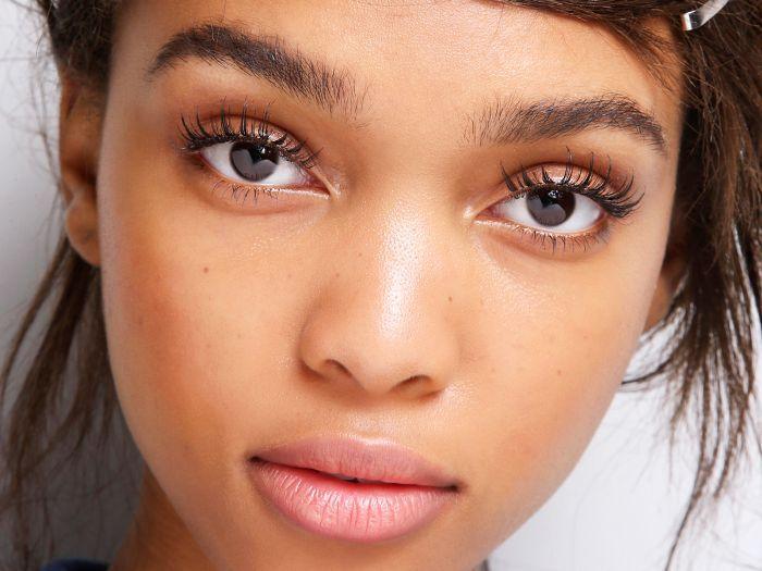 5fa464cbf0c Do Eyelash Extensions Damage Your Eyelashes? Experts Answer