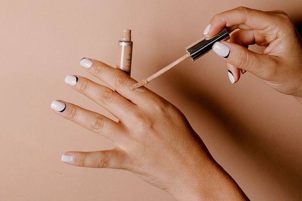 moden french manicure design