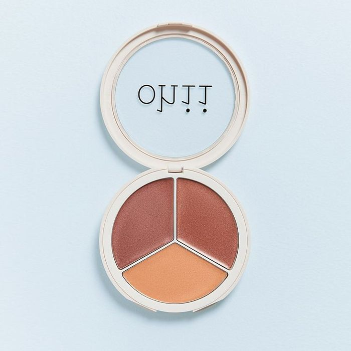 Ohii Soft Glow Highlighter in Gold Charge