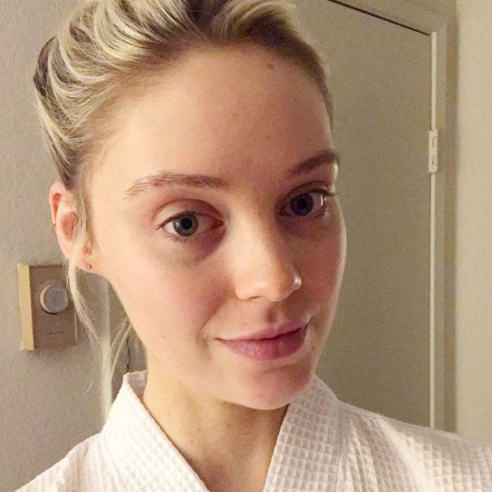 Erin Jahns selfie with topknot and no makeup