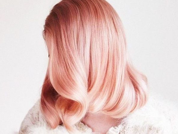Chocolate Mauve: The Brunette Version of Rose Gold