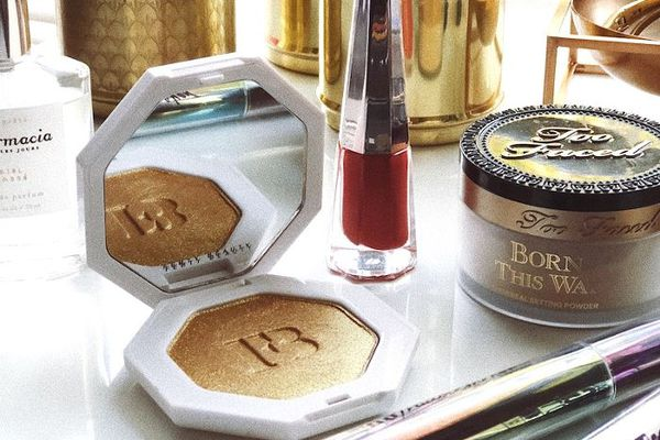 How to Get Sephora Free Samples, Makeovers, and Gifts