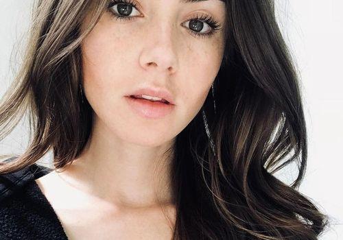 lily collins selfie
