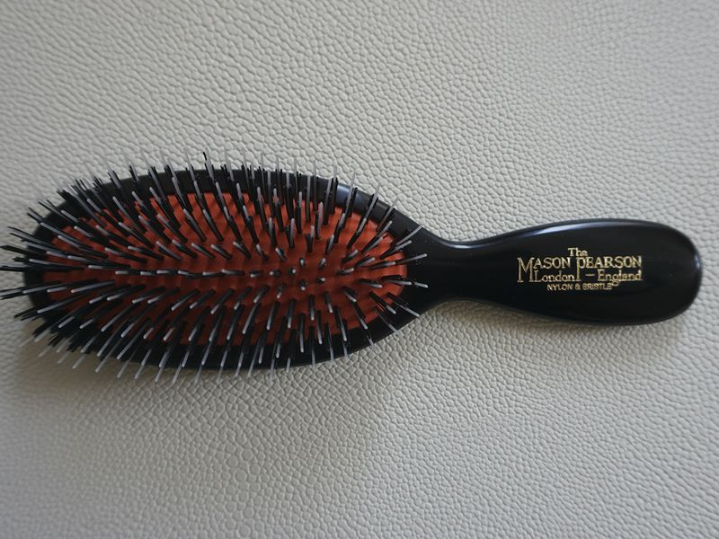 Mason Pearson Pocket Bristle & Nylon BN4 hairbrush