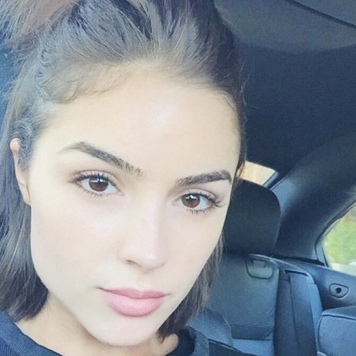 Olivia Culpo in a car