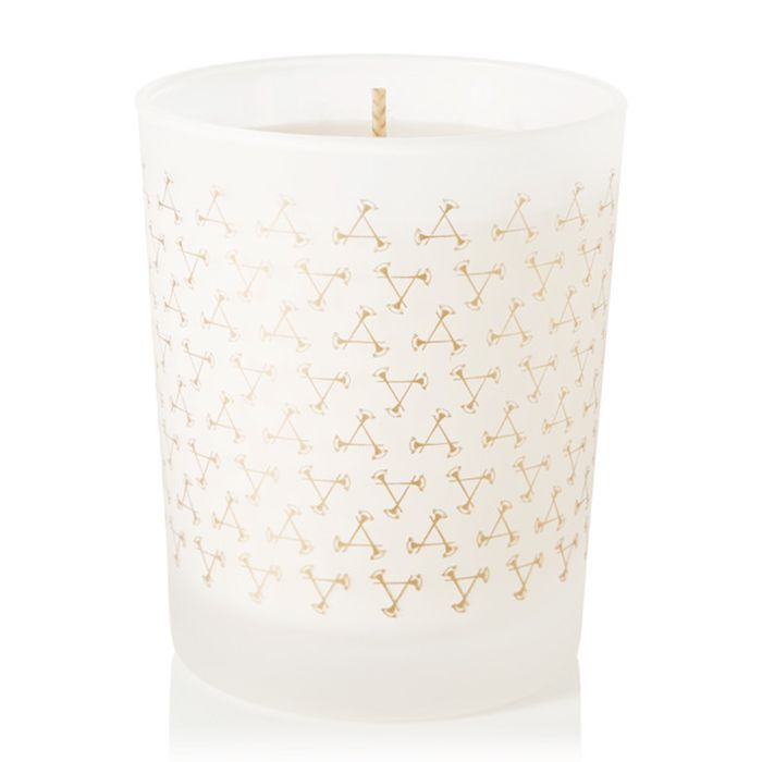 How to take a bath: Aromatherapy Associates Relax Scented Candle