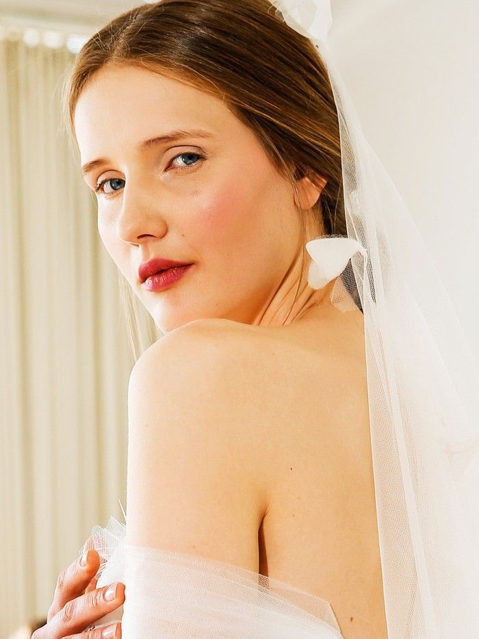 Doing Your Own Wedding-Day Makeup? You Need to Read This