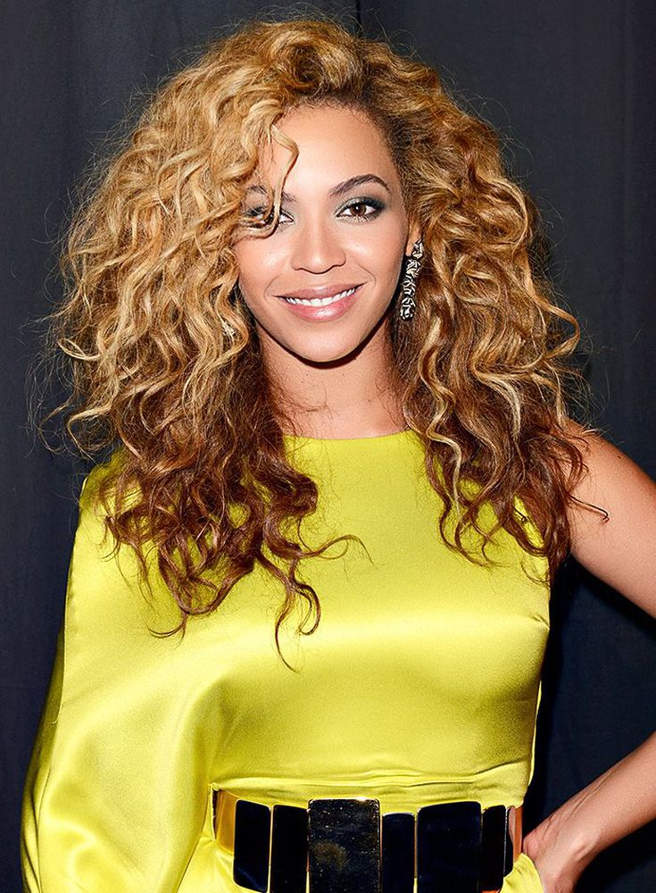The Best Haircuts For Curly Haired Girls