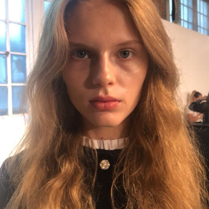 Model with long, natural waves