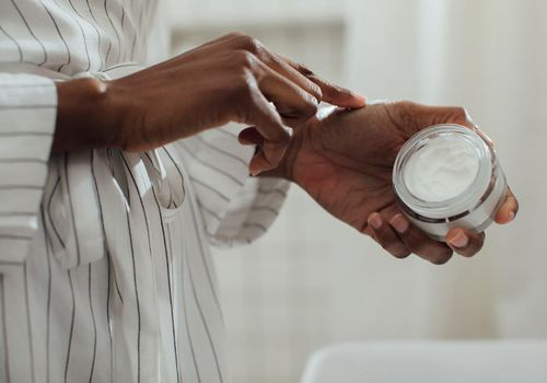 Ceramides moisturizing skincare ingredient