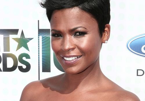 Actress Nia Long with short hair