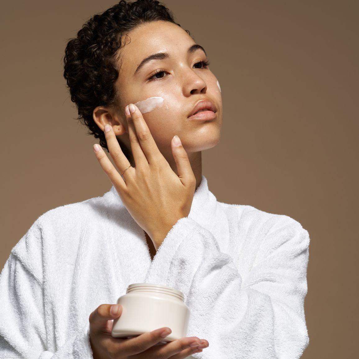 woman face cream
