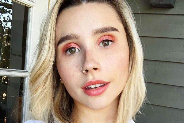 Salmon makeup obsession