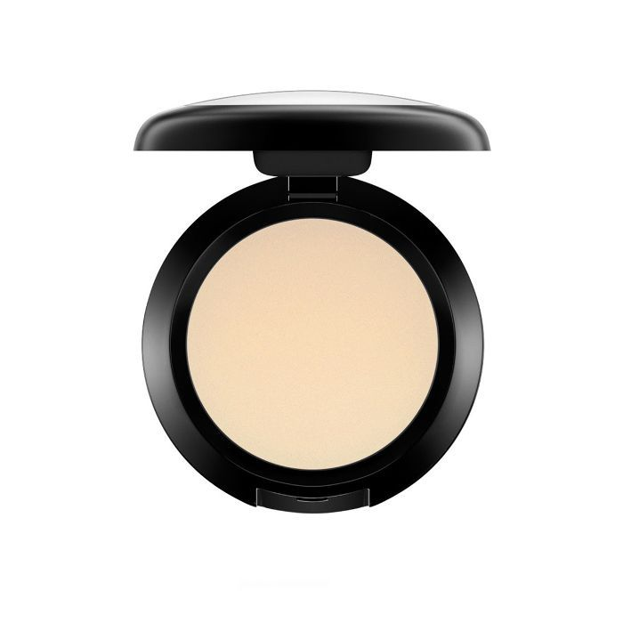 How to highlight: MAC Cream Colour Base in Pearl