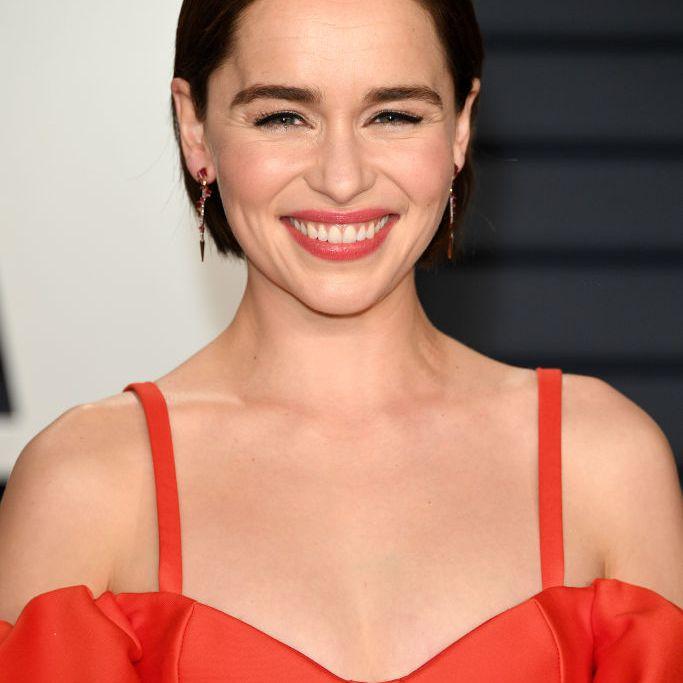 Emilia Clarke chic bob