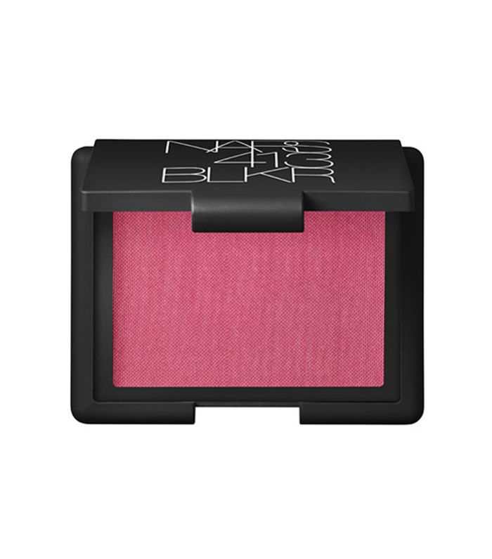 Nars Blush in 413 Blkr - fall makeup trends