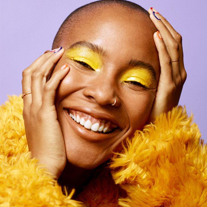 how to wear yellow eyeshadow: woman wearing yellow eyeshadow