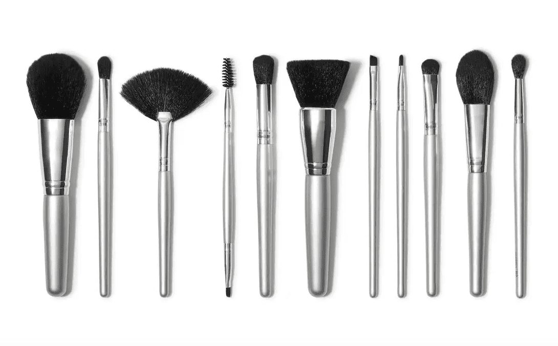 The 15 Best Makeup Brushes Of 2021